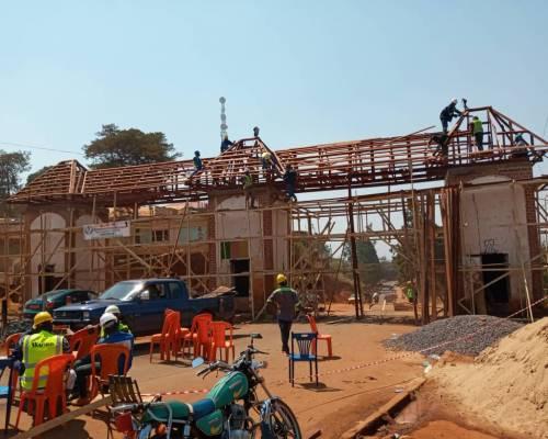 reconstruction entrée ville foumban